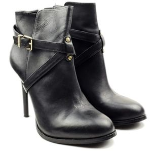 Gianni Bini black leather buckle ankle boots